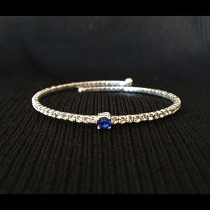 Jewelry - Flexible silver band and crystal bracelet